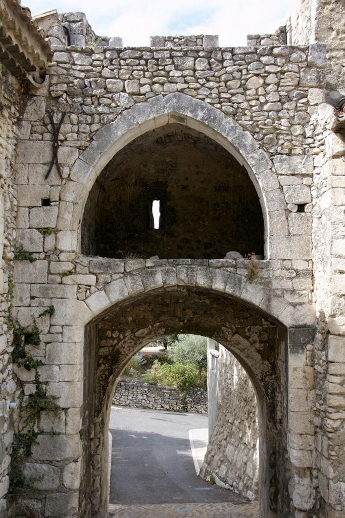 Discover Orgon Village Alpilles Original Ramparts