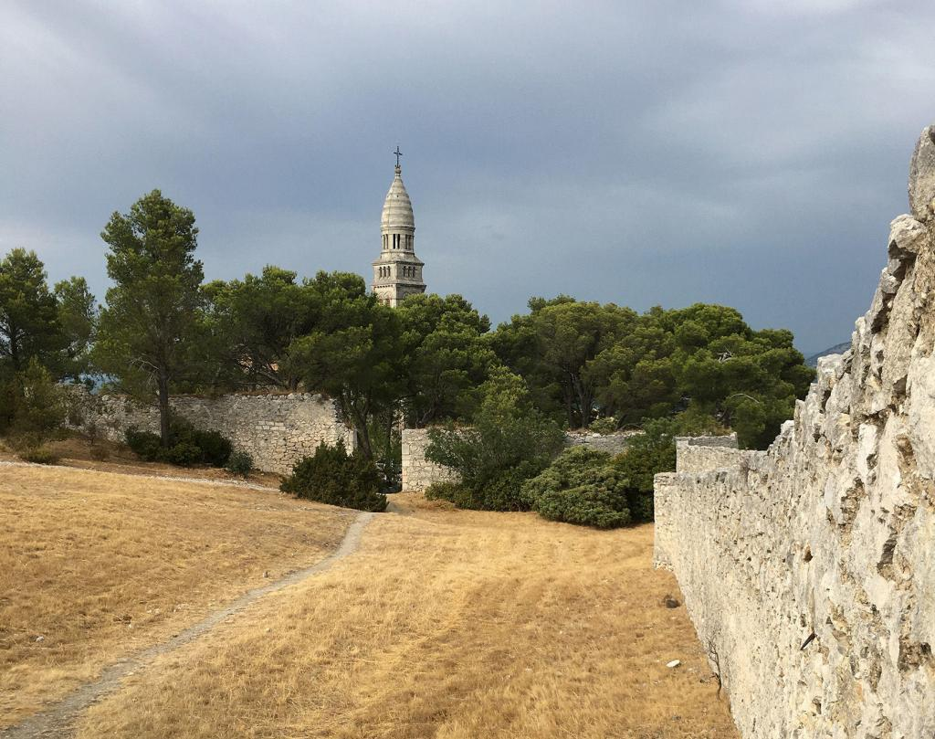 Orgon Notre Dame de Beauregard Alpilles