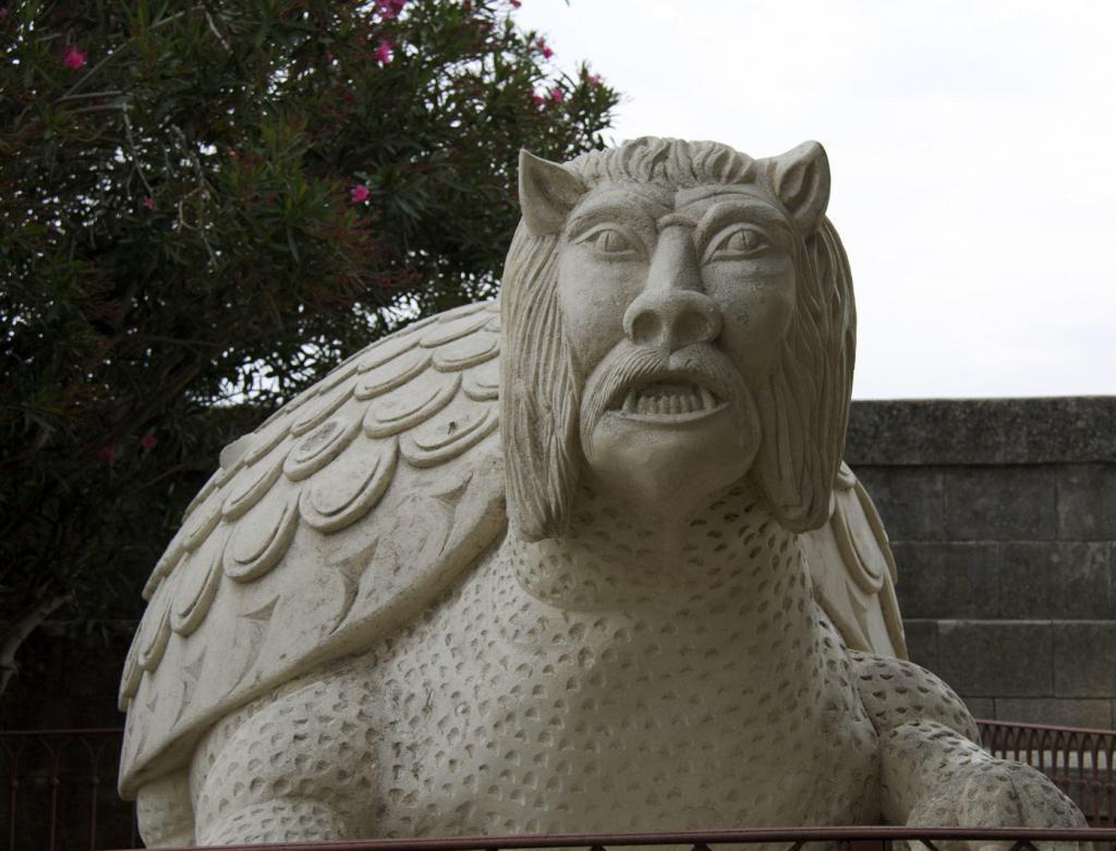 Tarascon Castle Monster Provence