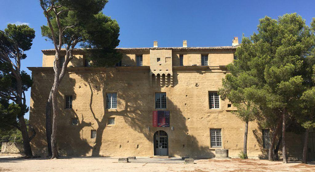 Château de Saumane Vaucluse Exterior