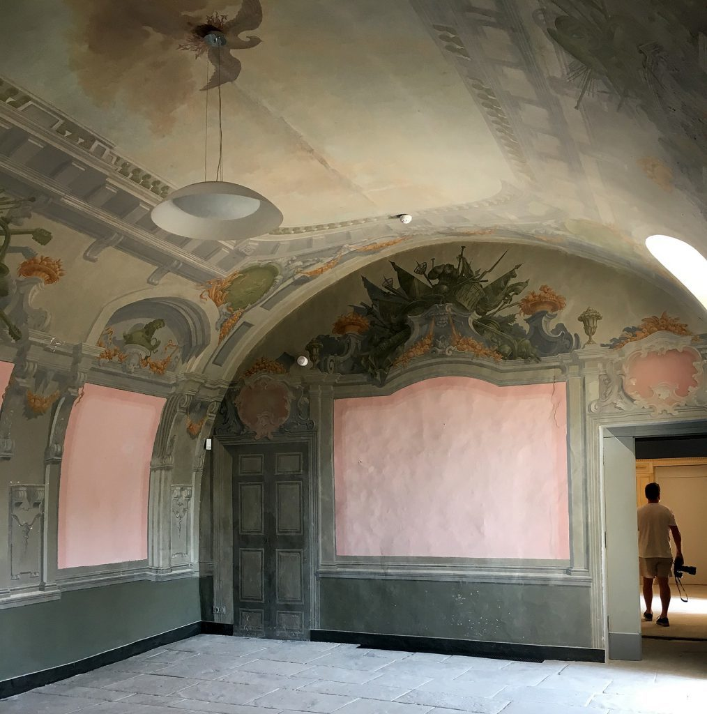 Château de Saumane interior room