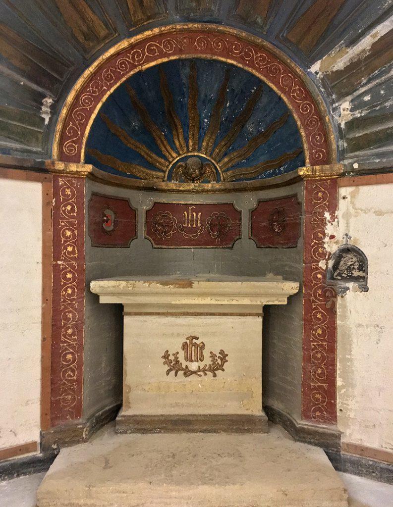 Château de Saumane interiors chapel