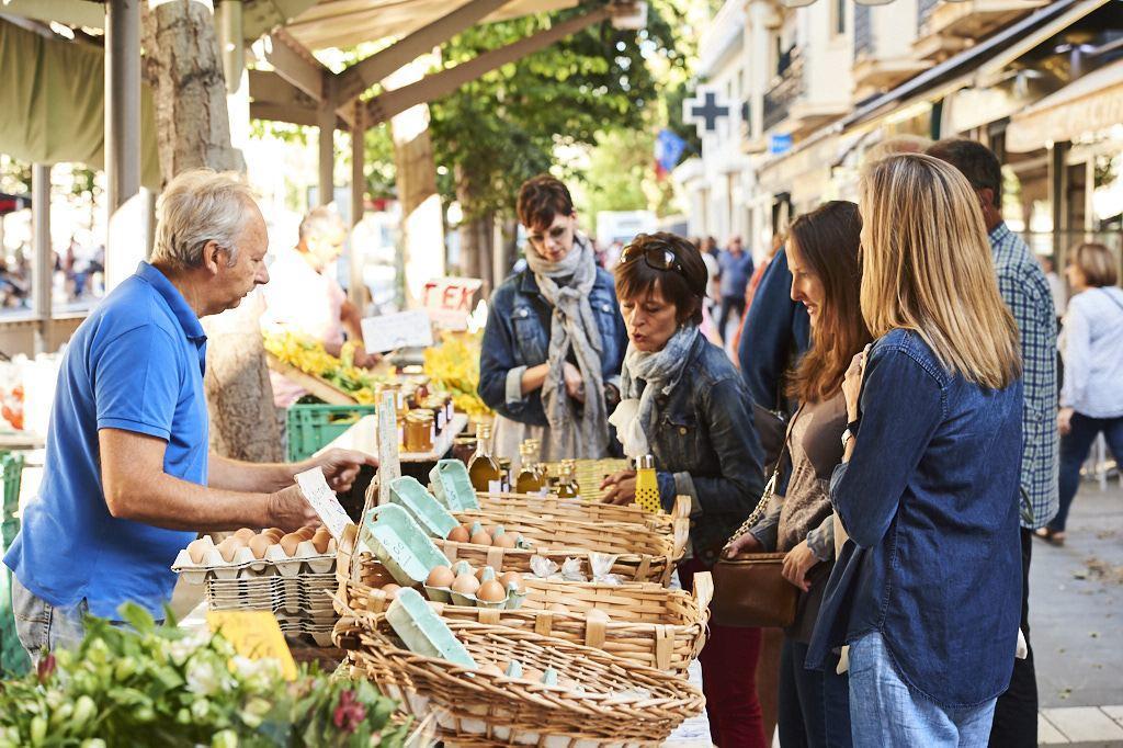 Food Wine Provence Sip Taste Share Nice Living Côte d'Azur