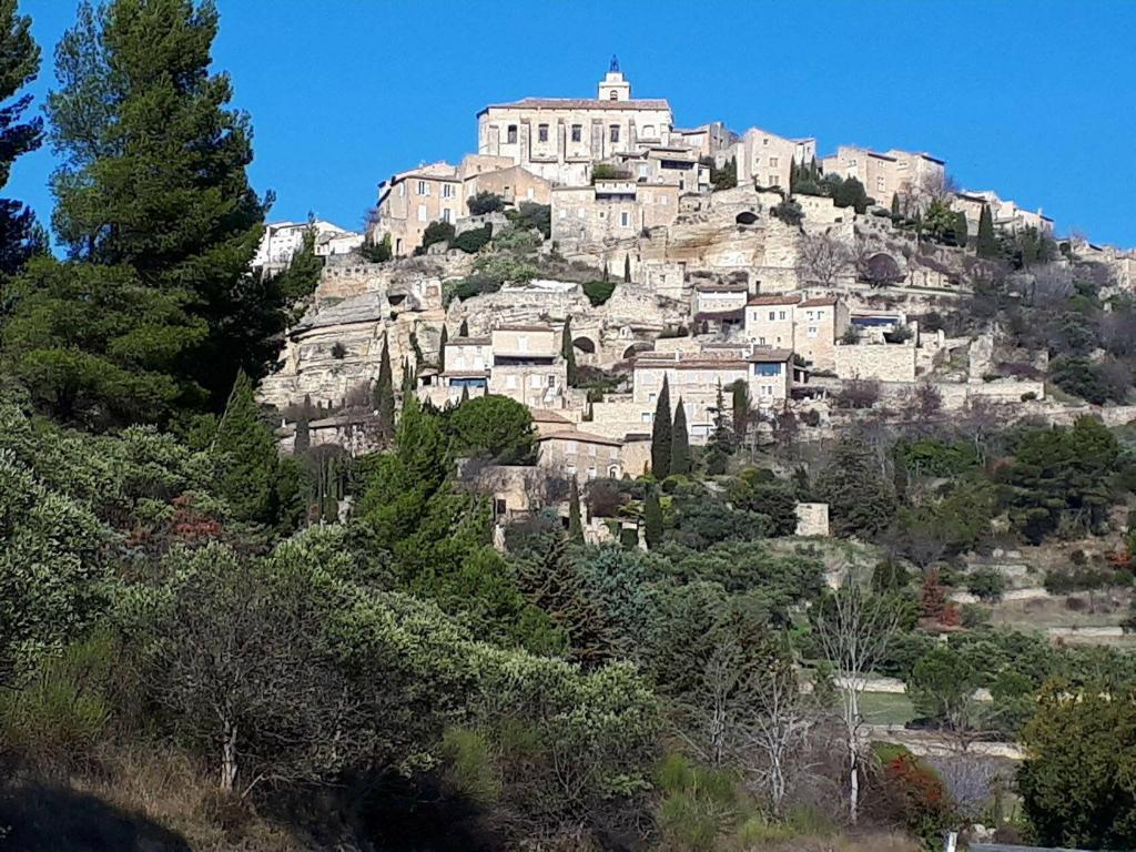 Genuine Provence Experiences Gordes Luberon beautiful perched village Jane Dunning