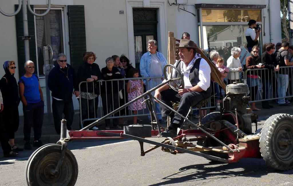 Transhumance Provence St Martin de Crau Farm equipment