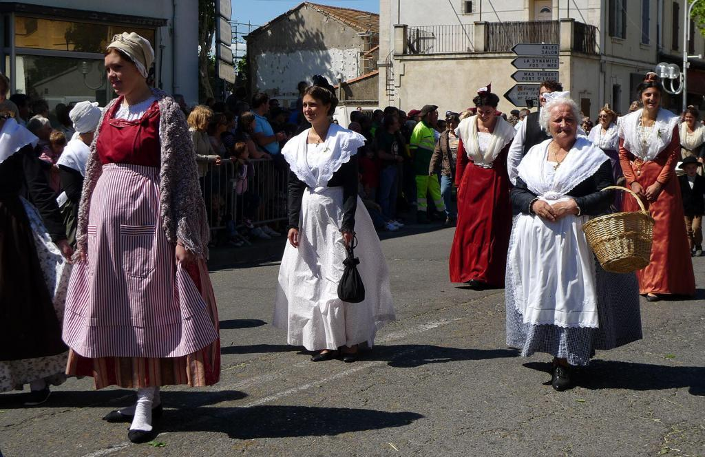 Transhumance Provence St Martin de Crau Traditional Dress