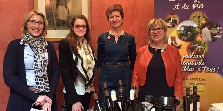 Ladies Wine France dames-de-coeur-de-loire @JillBarth