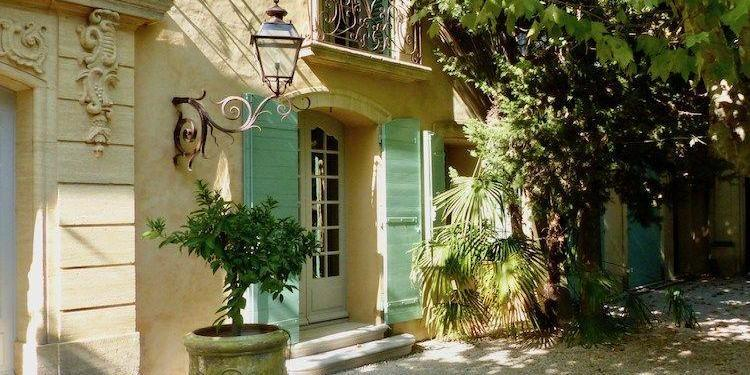 Buying Property in France Listing Agent