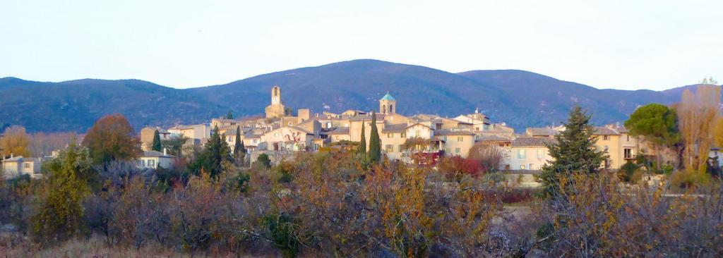 village Lourmarin November @ShutrsSunflowers