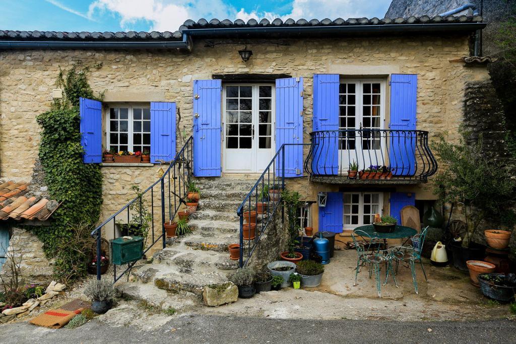 Goult Summer Rental Luberon Provence