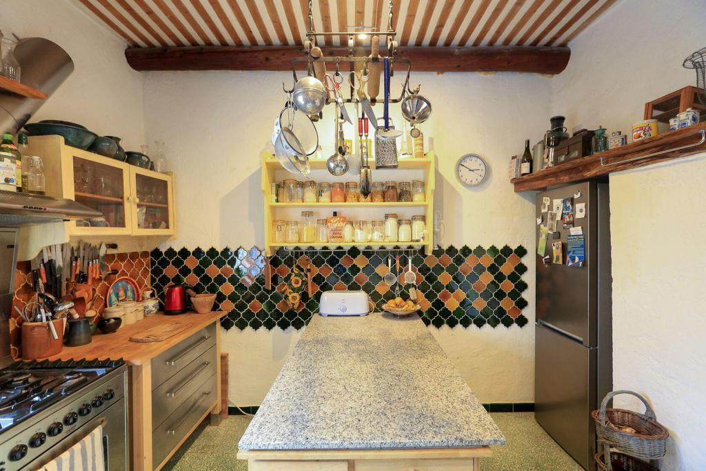 Goult Summer Rental Luberon Provence Hameau