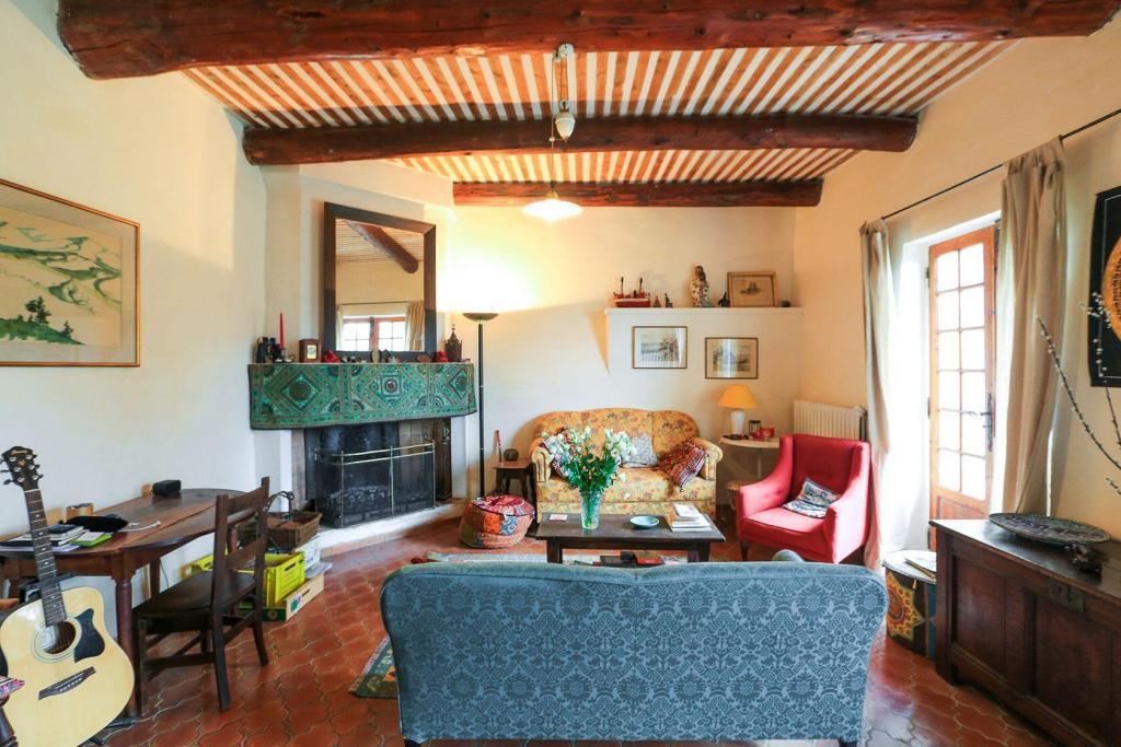 Goult Summer Rental Luberon Provence Hameau Living Room