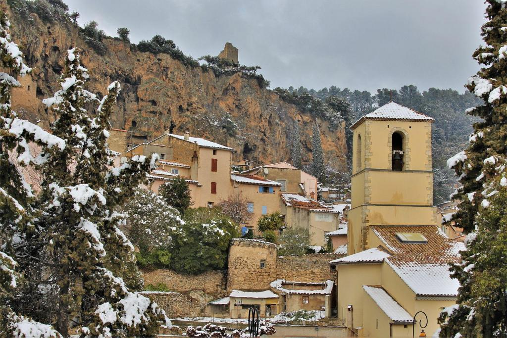 Provence Living Snow Cotignac village 27 February 2018 (15)