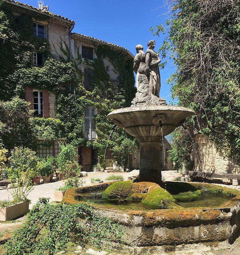 Saignon Village Luberon Provence
