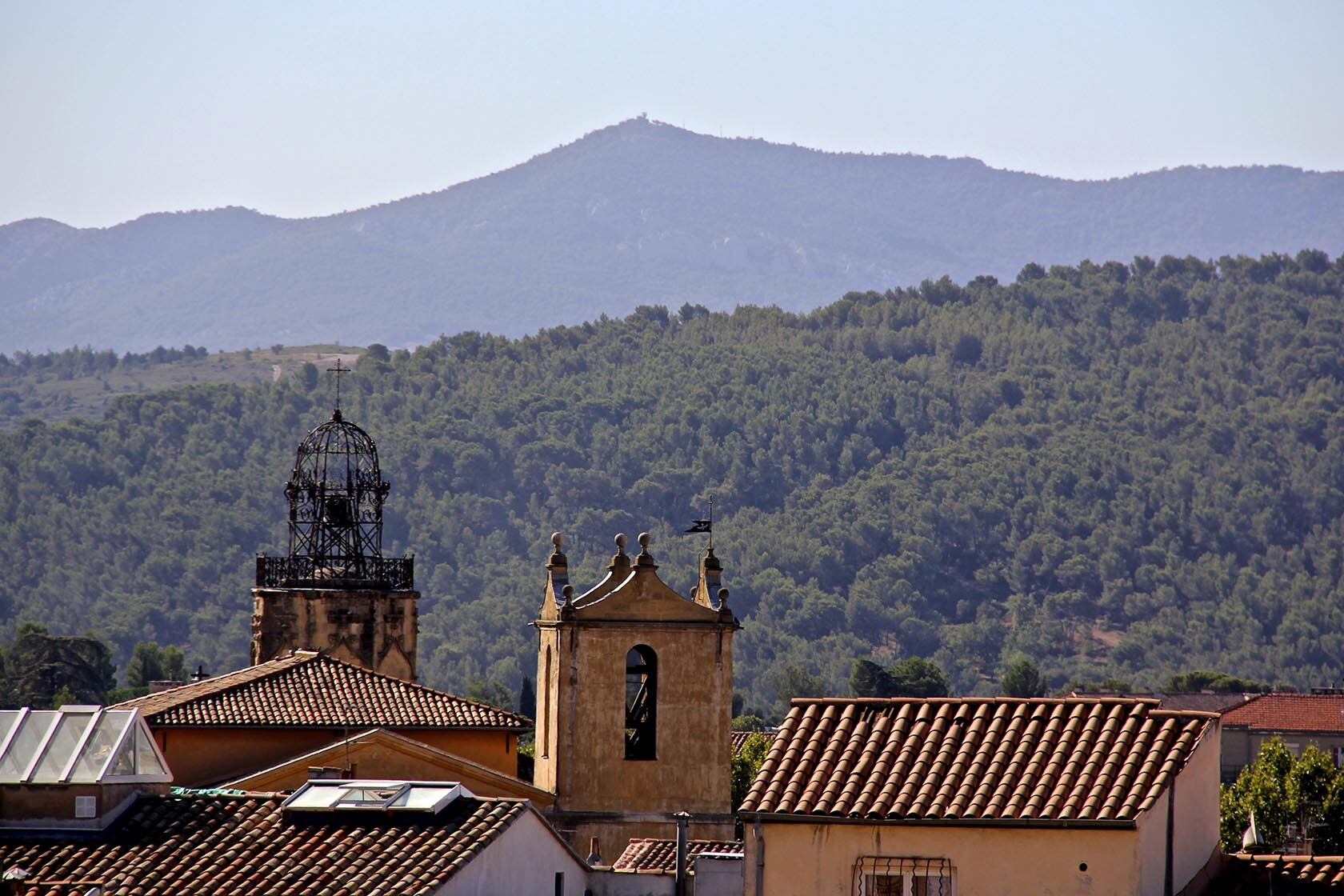 Aix-en-Provence City Guide Mont Sainte Victoire Views