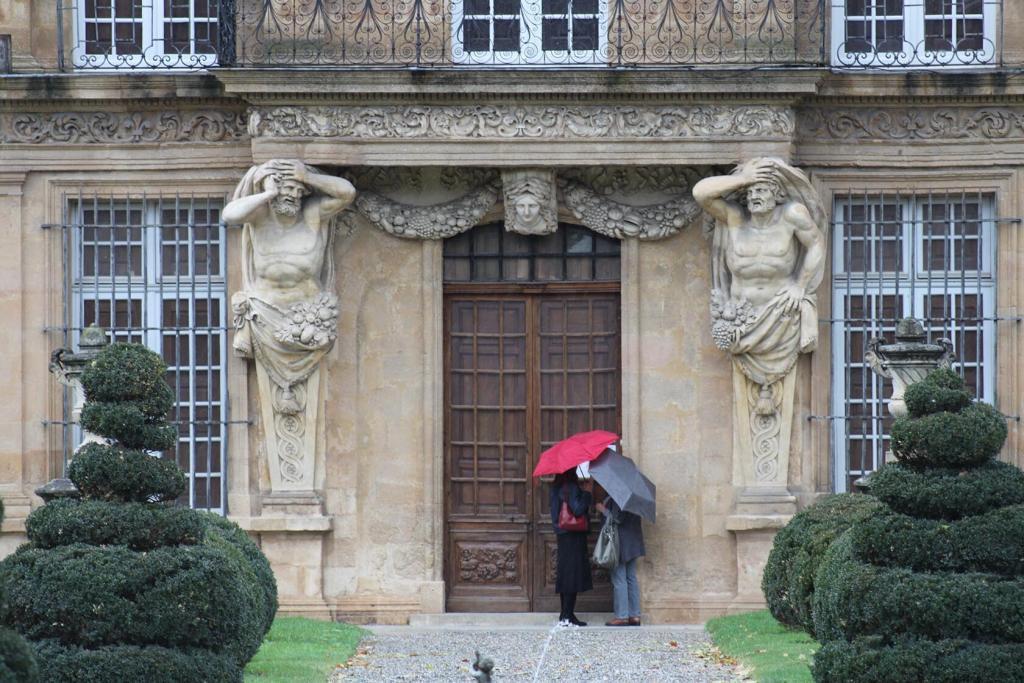 Aix-en-Provence City Guide Place Vendome