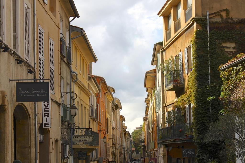 Aix-en-Provence City Guide Quartier Mazarin
