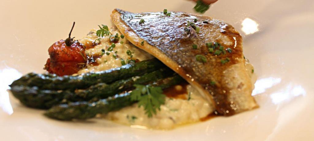 Clos St Roch fish Dish Maussane Restaurants