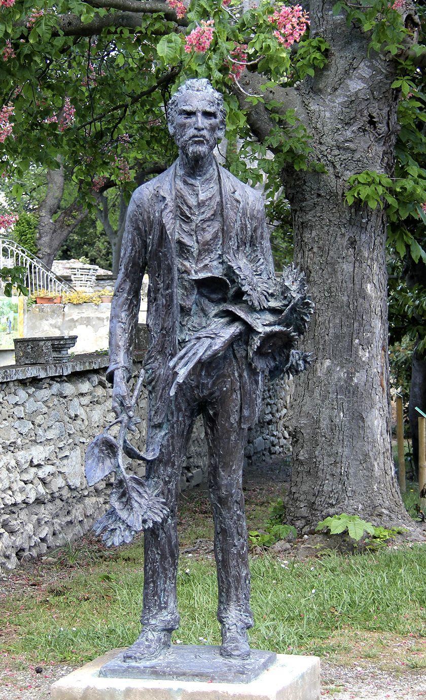 Gabriël Sterk Van Gogh Statue St Remy
