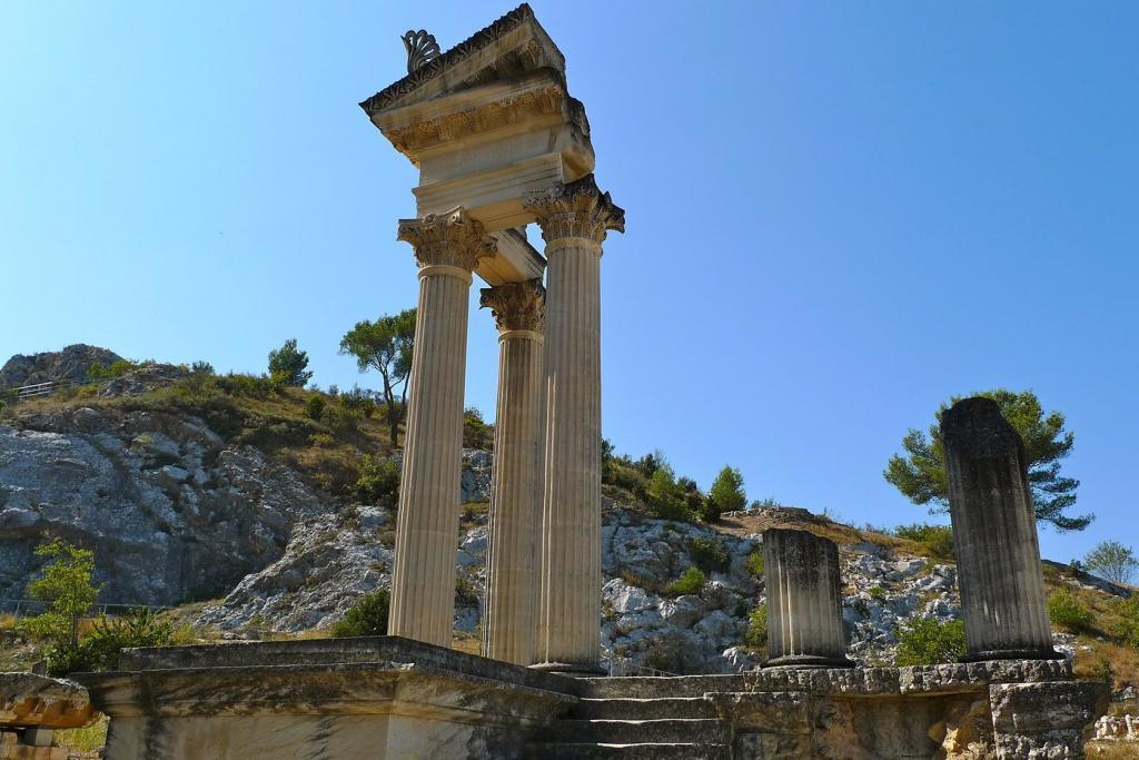 Visiting Glanum Alpilles Family Friendly