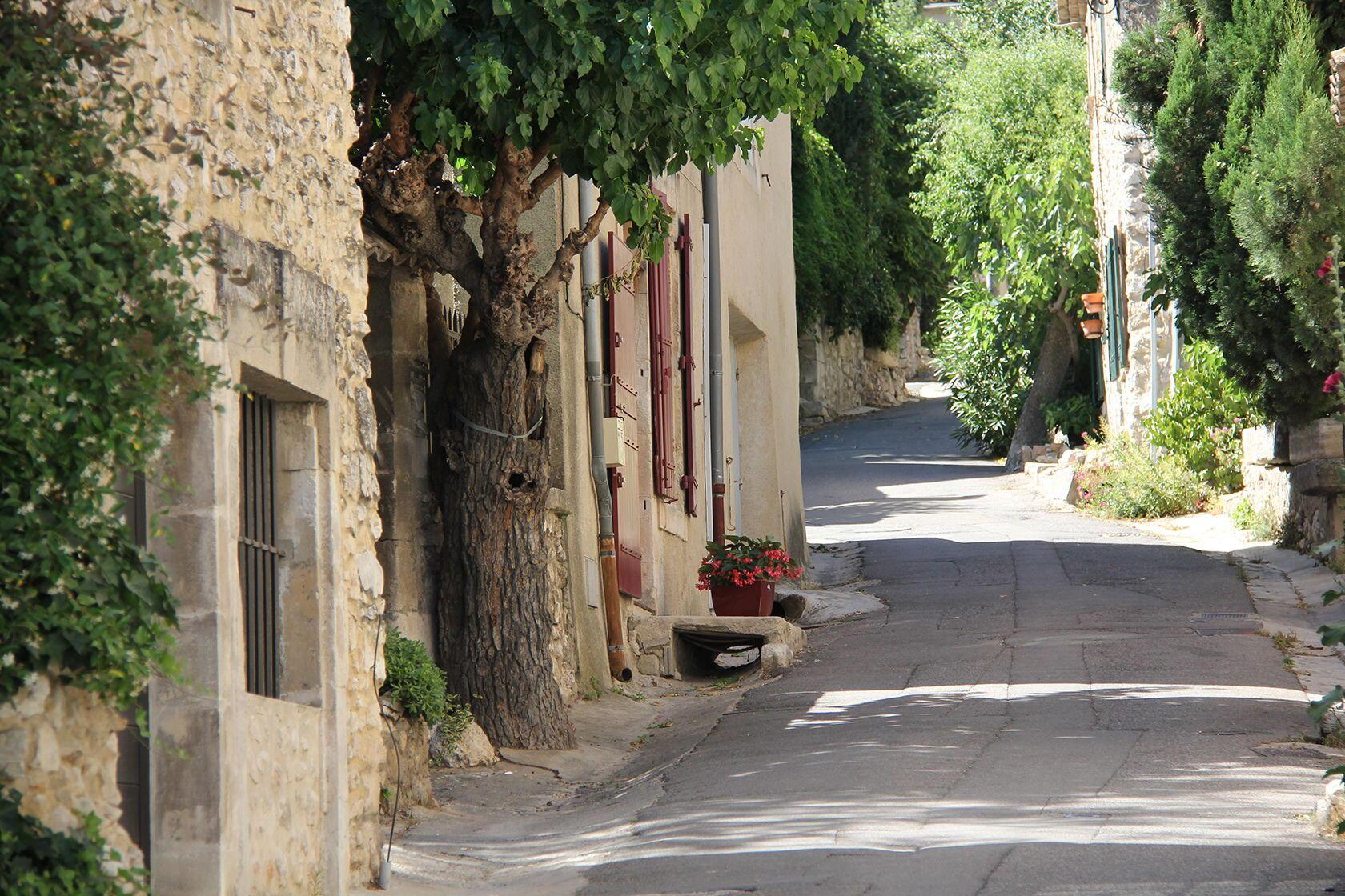 Eygalieres Rue Parneuve