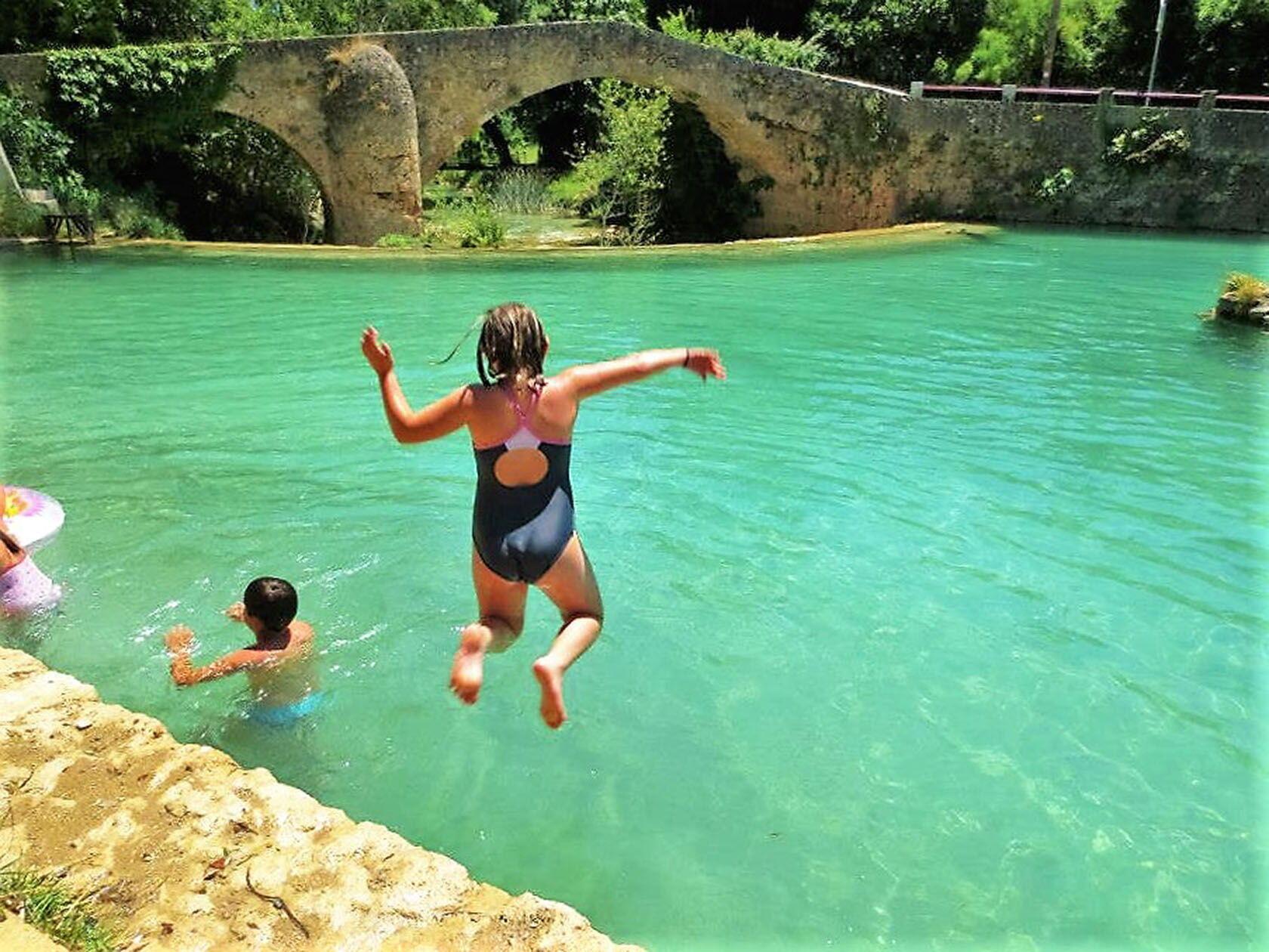 Visiting Var Kids Summer Plan d'Eau Salernes