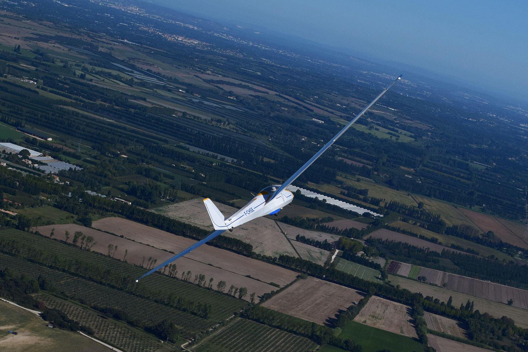 Gliding Aéroclub des Alpilles by Alex Martinez