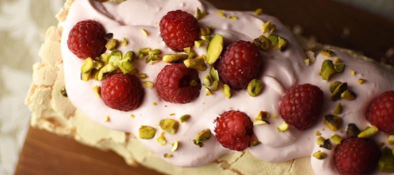 Dessert Meringue Roulade