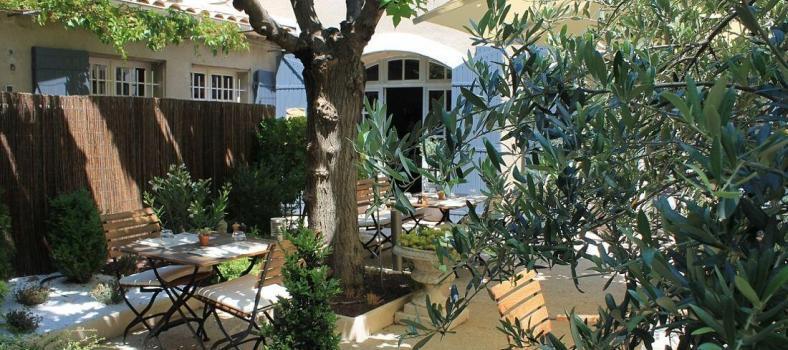 Favourite Restaurants Alpilles Maussane Clos St Roch outdoors