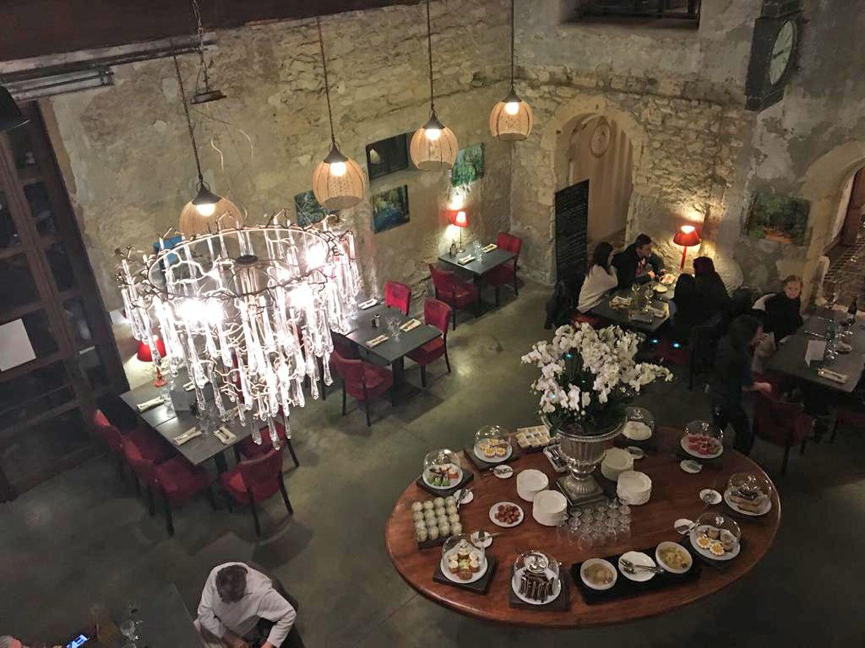 Englishman Provence Expat Living Avignon Restaurants