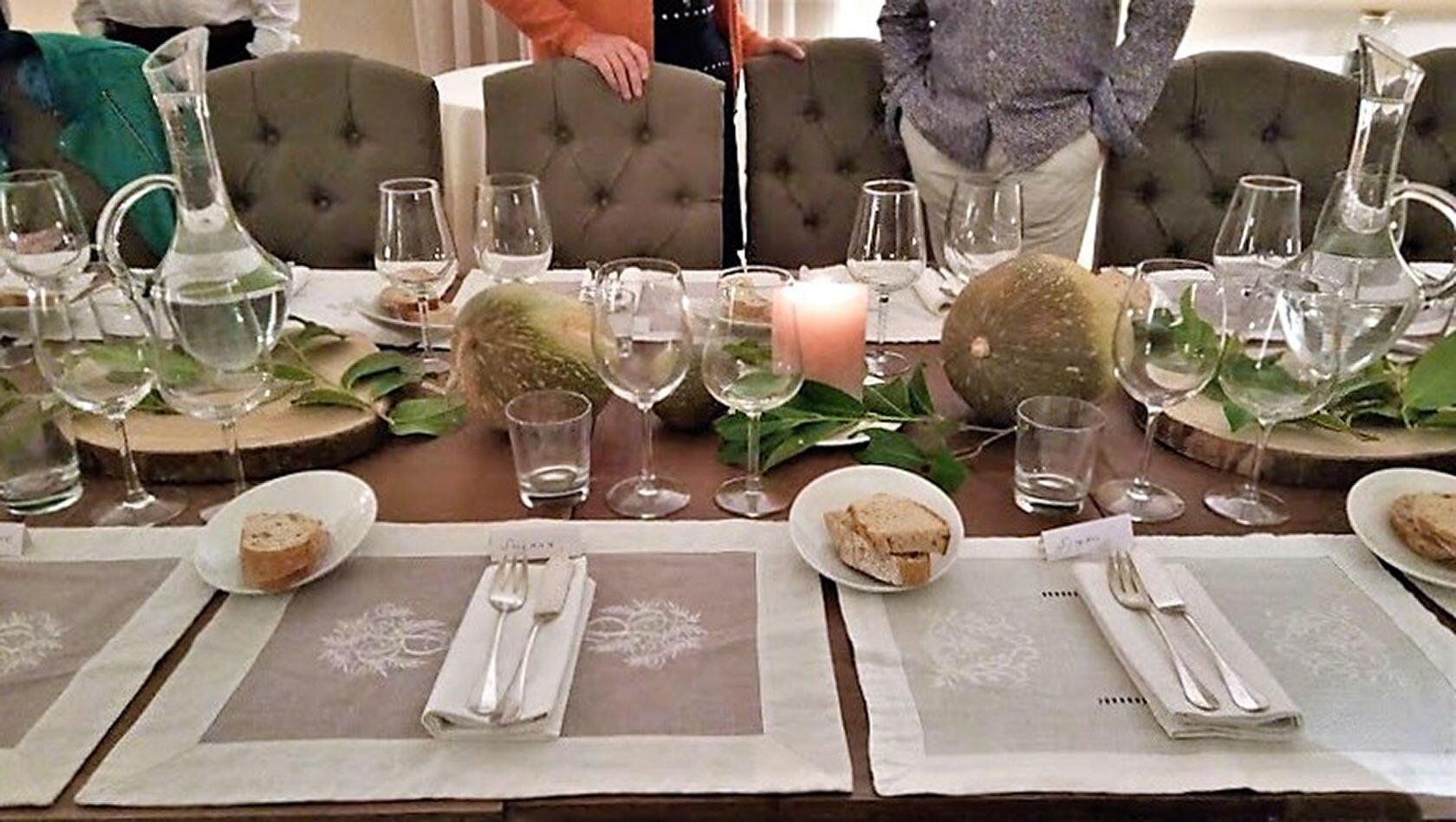 Table setting group Mas de Cotignac