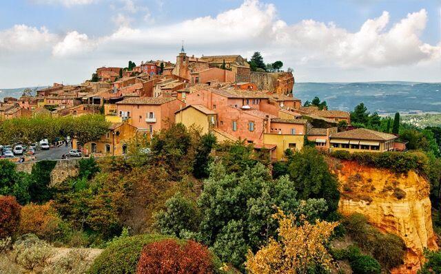 Roussillon Holidays Painting Provence Tessa Barker