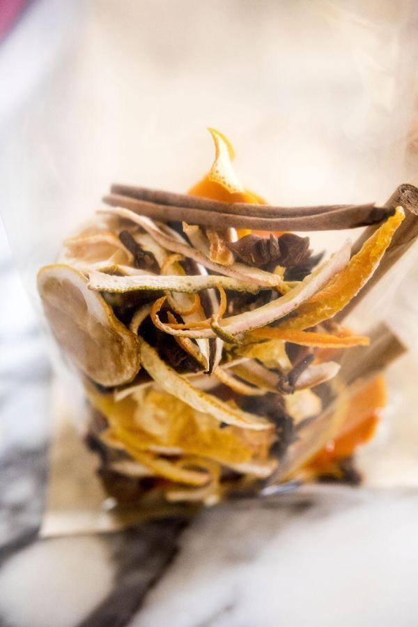 Dried Citrus Peels Mulled Wine
