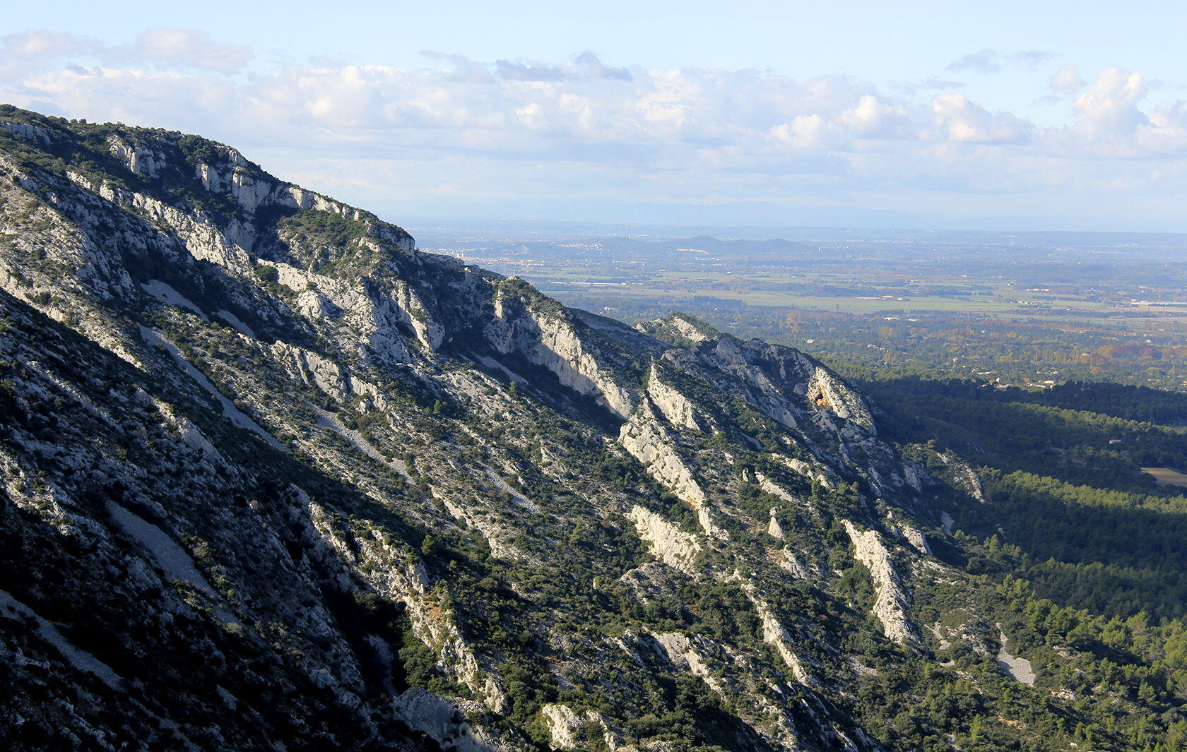 Alpilles Hiking Tips GR6 St Remy View