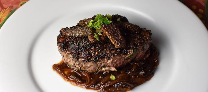 Steak au Poivre et echalotes