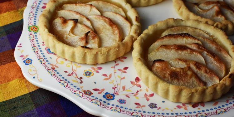 Dinner Party Apple Tarts