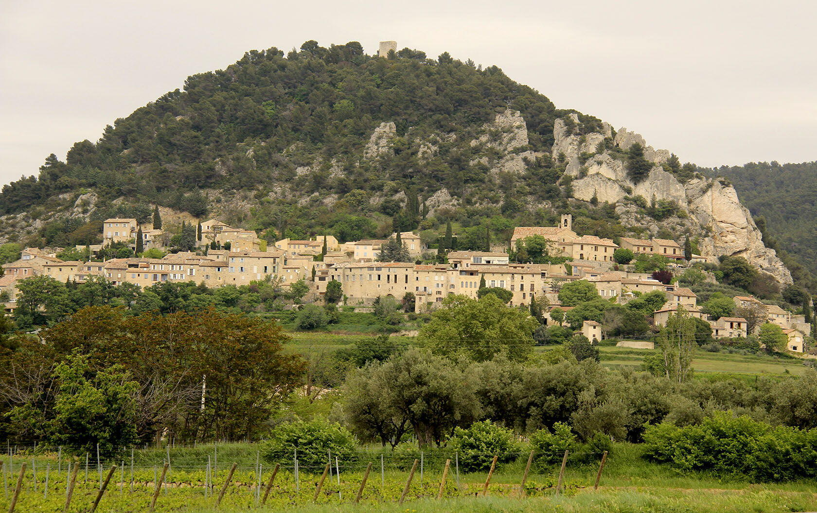 Seguret Perched Village Vaucluse
