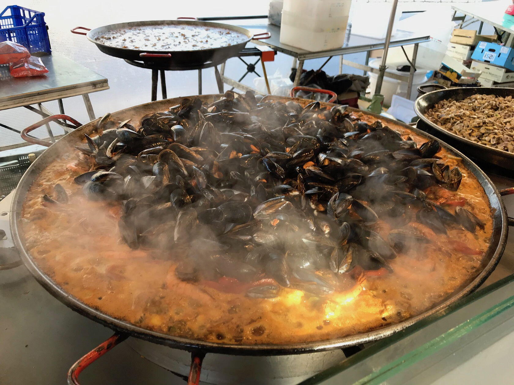 Wednesday Market St-Remy paella