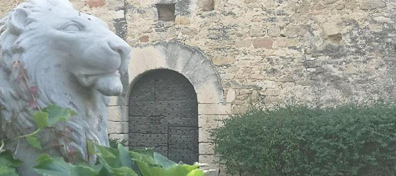 Menerbes Luberon Village