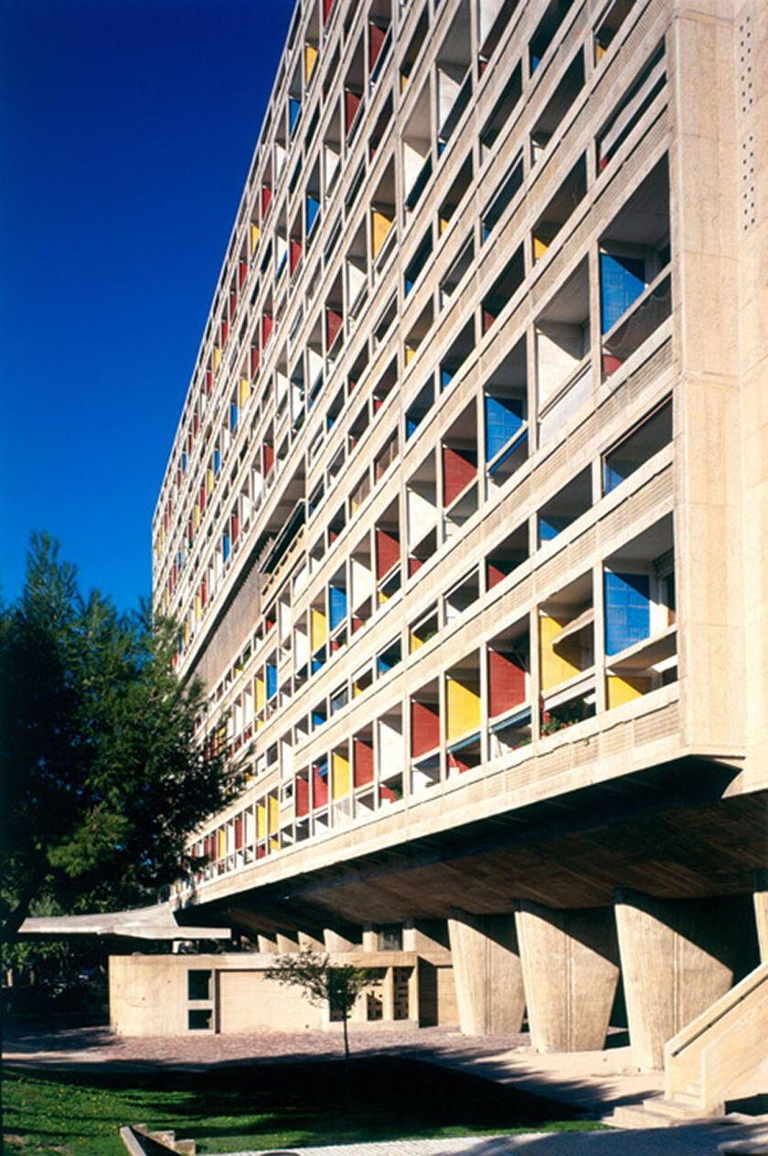 Unite-d-Habitation-by-Le-Corbusier_Foundation-Le-Corbusier_dezeen_468_4