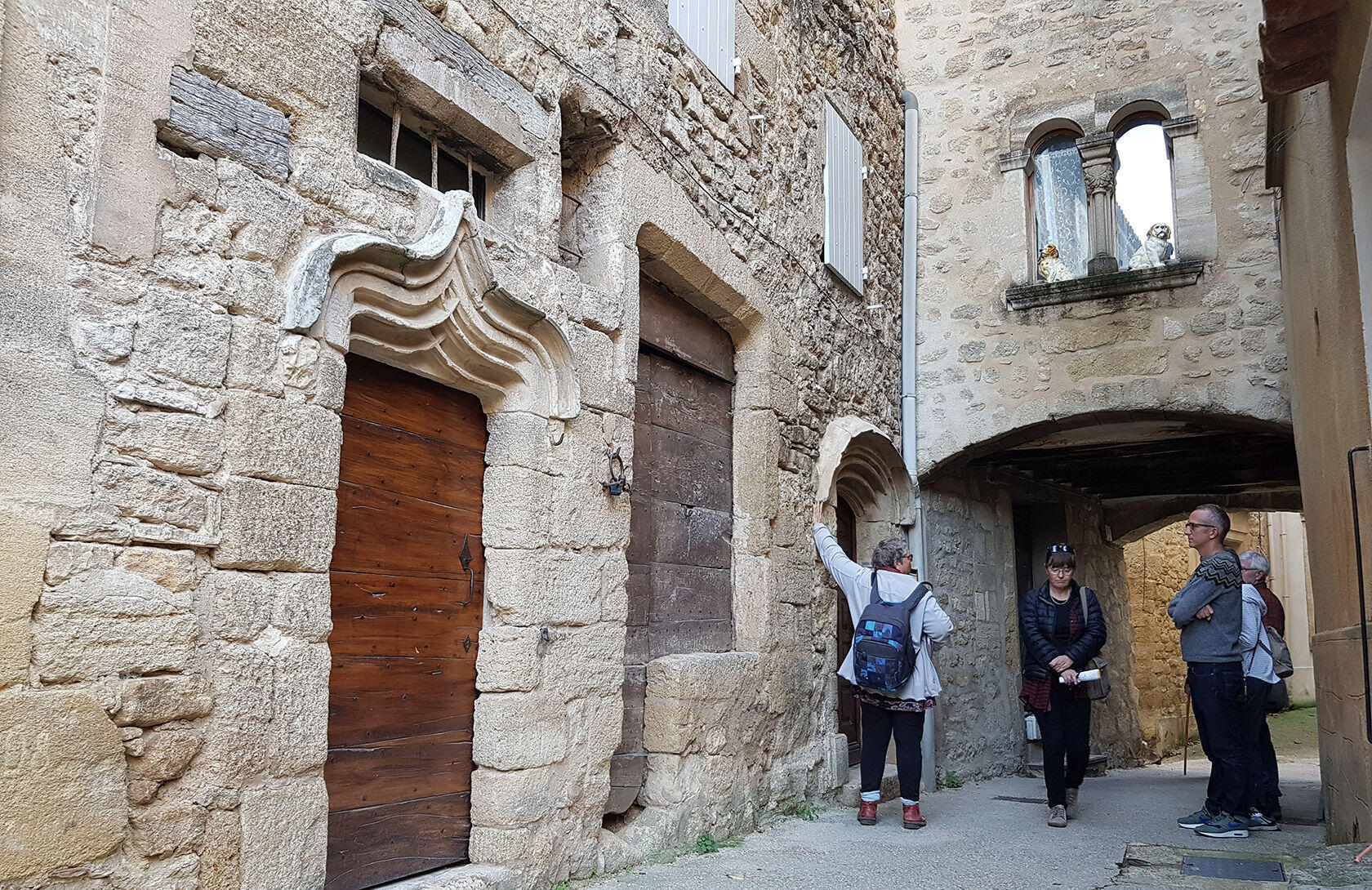 Exploring Villages in Provence