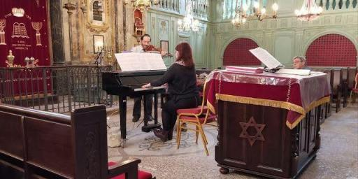 Visit Carpentras Synagogue