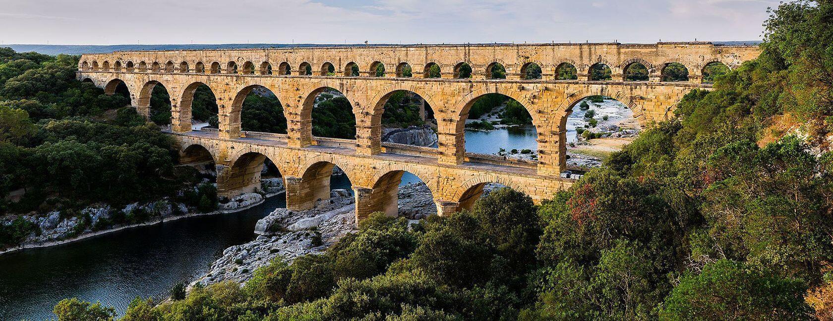 Pont_du_Gard Benh Lieu Song
