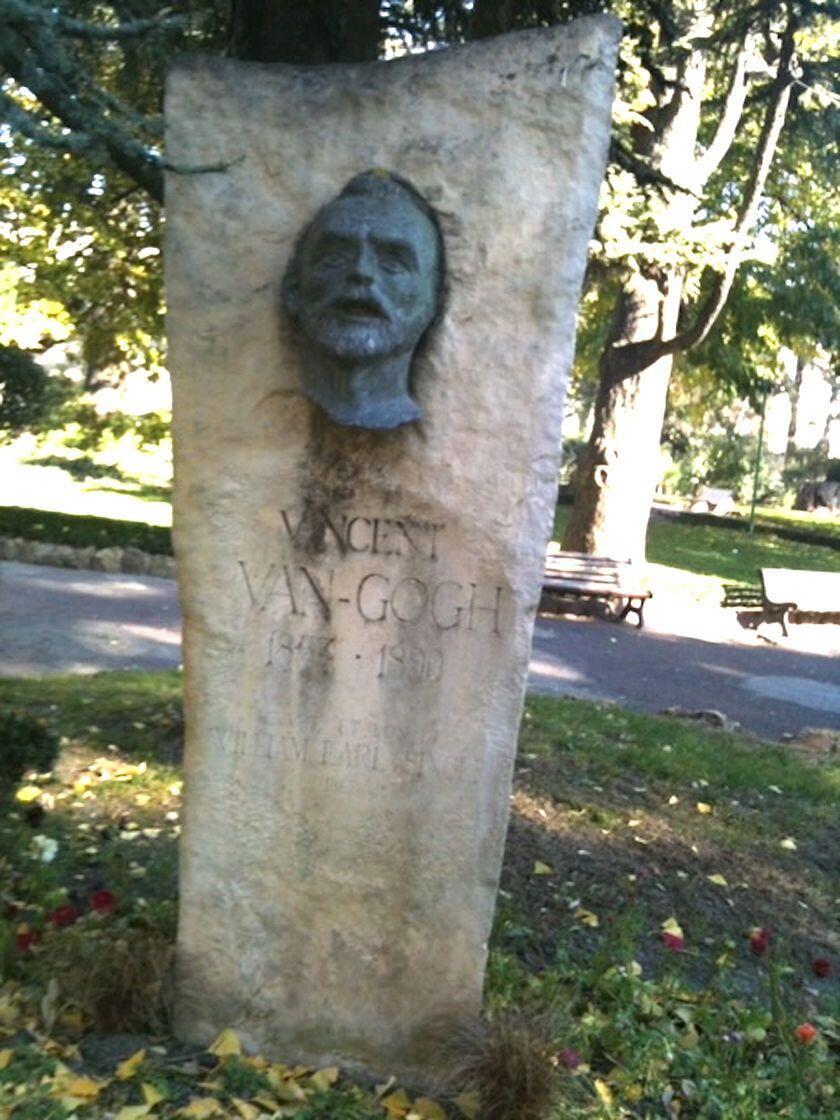 Discover Arles Van Gogh Statue of Vincent Van Gogh