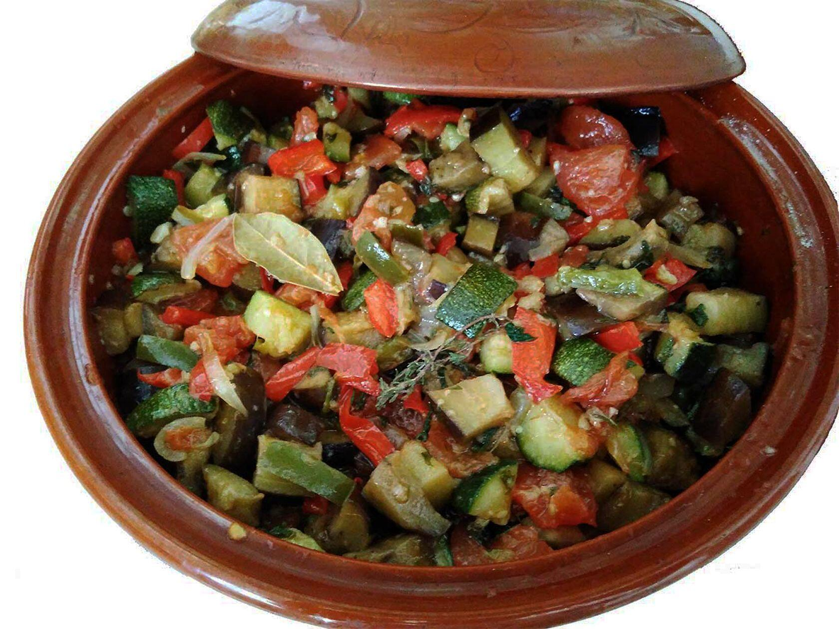 Provencal Ratatouille Recipe Traditional Terracotta Casserole Pottery