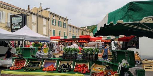 Market Day Banon