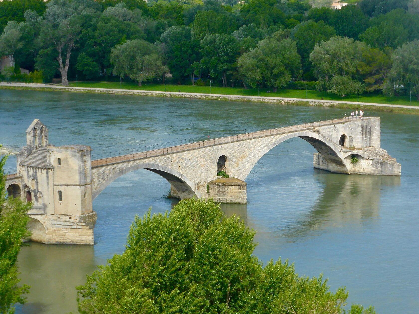Pont d'Avignon Provence Rhone River