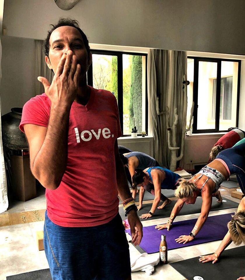 Pradeep Teotia Yoga Provence Belle Vie