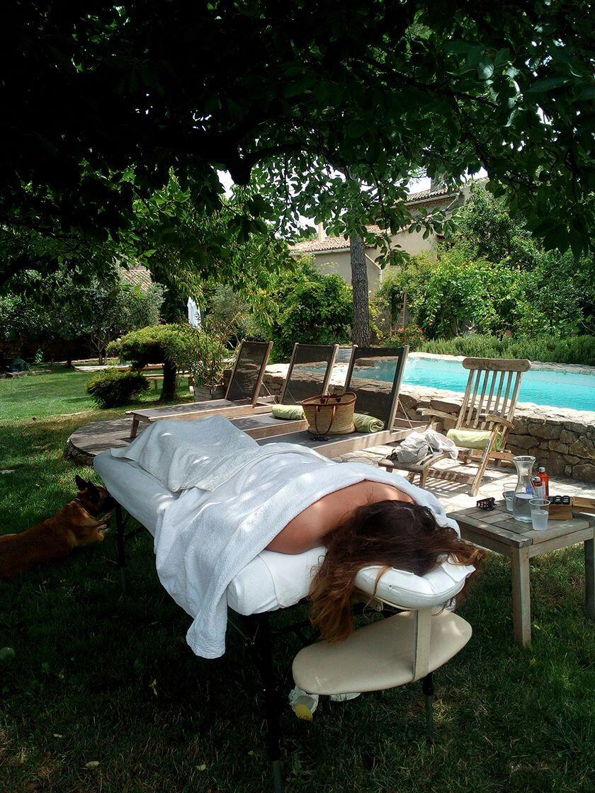 Massage Aromatherapy Home Provence Poolside Flairesse