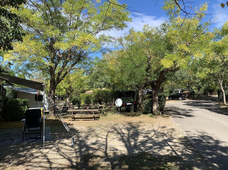 Camping St Remy Mas de Nicolas